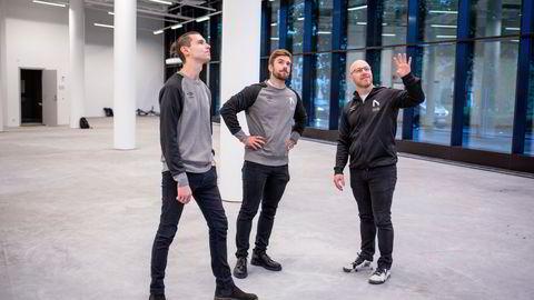Kommersiell direktør Steffen Willumsen (fra venstre), Stian Blipp og daglig leder Stein Wilmann i Nordavind