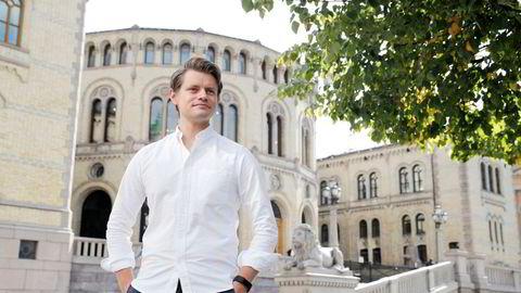 Stortingsrepresentant Peter Frølich (H) ber Oslo kommune børste støv av EØS-kunnskapene sine.