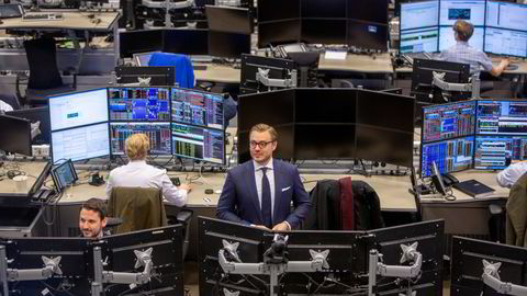 I tredje kvartal endte kundeinntektene til DNB Markets på 1,25 milliarder kroner. Ifølge DNB Markets-sjef Alexander Opstad er det ny rekord for kvartalet.