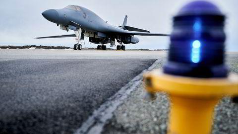 Et amerikansk B-1B Lancer bombefly på Ørland hovedflystasjon