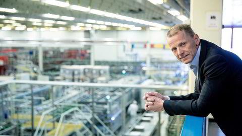 Omsetningen øker med godt over 50 prosent for Hansa Borg-konsernet etter at administrerende direktør Lars Giil (bildet) har signert avtalen om å kjøpe vinimportgrupperingen Vinestor.
