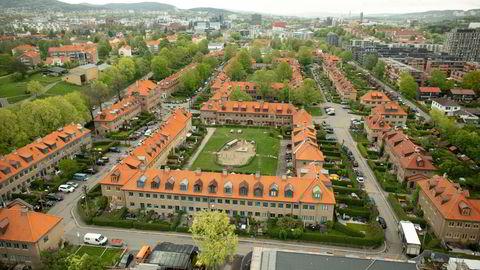 Boligprisstatistikken til Eiendom Norge for mai viser at boligprisene i hovedstaden 12,4 prosent høyere enn for et år siden. Bildet fra Lille Tøyen hageby i Oslo.