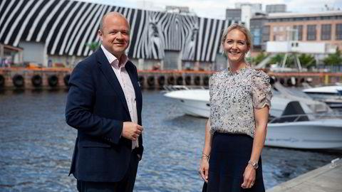 Investeringsdirektør Christian Dahl og bærekraftssjef Hilde Nordbø fra Handelsbanken.