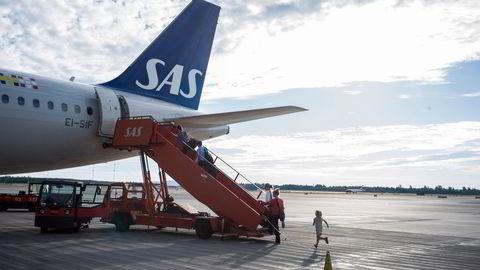 SAS vil etablere et nytt datterselskap for mindre fly. Her er et vanlig SAS-fly på Oslo lufthavn.