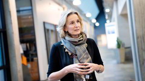 Equinors konserndirektør for markedsføring, midtstrøm & prosessering, Irene Rummelhoff, synes det er tøft å tenke på ulykkene selskapet har hatt på sine landanlegg.