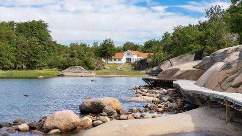 Denne familiehytta på Vasskalven, en øy utenfor Tjøme, er lagt ut for salg med en prisantydning på 25 millioner kroner.