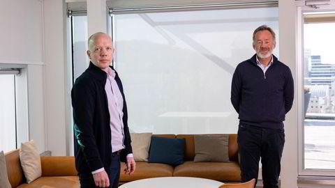 Konsernsjef i NHST Trond Sundnes (t.v.) og sjefredaktør Amund Djuve i Dagens Næringsliv.