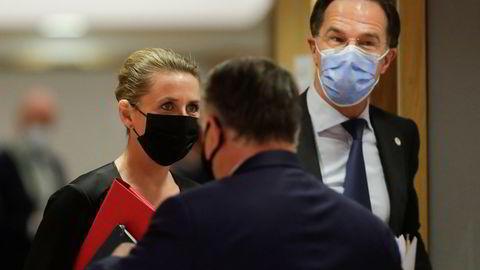 Sur stemning. Danmarks statsminister Mette Frederiksen og Ungarns Mark Rutte i konfrontasjon med Ungarns Viktor Orbán om landets homolover, under ukens EU-toppmøte i Brussel.