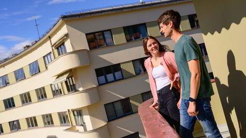 Daniel Johnsen og Annika Willoch Olstad har vært kjærester i halvannet år, og er nå på boligjakt sammen. Denne leiligheten på Bislett falt i smak.