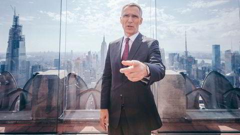 Jens Stoltenbergs åremål som Natos generalsekretær går mot slutten, og han avviser ikke å bli sentralbanksjef. Her i New York, på toppen av Rockefeller-bygningen.