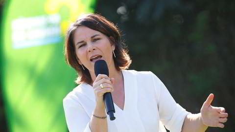 En av lederne av Buendnis 90/Die Gruenen – De grønne i Tyskland – Annalena Baerbock, her på valgkamparrangement i Halle. Hun kan bli tysk utenriksminister.