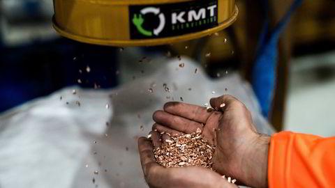 Råvareprisene stiger, ikke minst på kobber. Kabel Metall & Trafo Gjenvinning (KMT) resirkulerer metall, som kobber, og tjener godt på det.