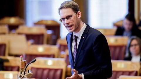 Aps finanspolitiske talsperson Eigil Knutsen går ut mot oljeselskapet Lundin.