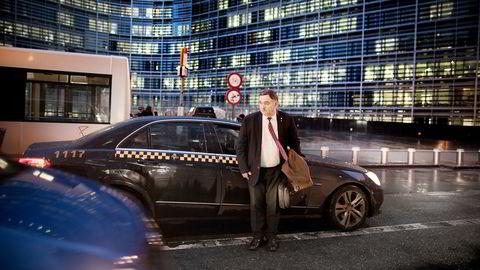 Helge Thorheim i Brussel fra tiden som stortingspolitiker. Da han gikk av, fikk han etterlønn i tre måneder.