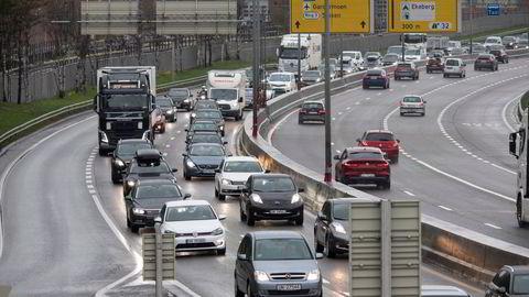 Færre må reise til og fra jobb på denne måten i de store, norske byene.