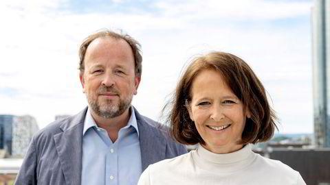 Eva Grinde og Frithjof Jacobsen i Den politiske situasjonen.