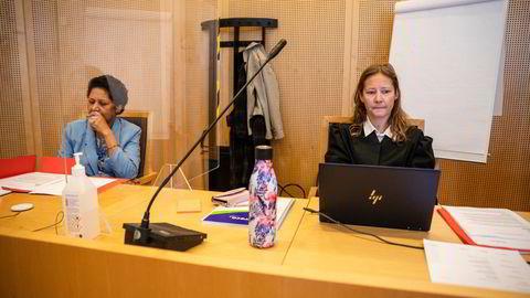 Sophia Rønaas (til venstre) og advokat Tonje Liavaag Dalan. Rønaas, tidligere betrodd regnskapsmedarbeider i Fredriksen-systemet tapte saken mot Frontline Management, kontrollert av John Fredriksen.