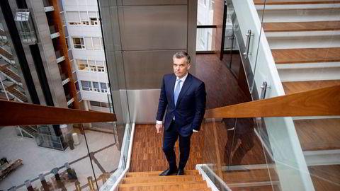 ABG Sundal Colliers Norge-sjef Peter Straume sitter svært tett på kapitalmarkedene. Meglerhuset han leder har bistått i over 170 transaksjoner det siste året.
