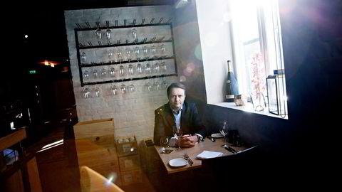 Administrerende direktør Gjøran Sæther i Fursetgruppen har én restaurant åpen. I helgene.