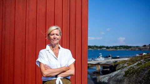Direktør for arbeidsliv i NHO, Nina Melsom påpeker at om det var krav om vaksinepass på norske arbeidsplasser, ville de eldste hatt tilgang til kontoret, da de er først prioritert i vaksinekøen. – Vi vet at de er de yngste arbeidstagerne som har slitt mest på hjemmekontor. Ville det da vært riktig at det er de vaksinerte som skal få vende tilbake?
