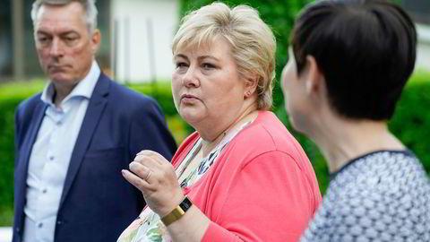 Forsvarsminister Frank Bakke-Jensen, statsminister Erna Solberg og utenriksminister Ine Eriksen Søreide deltok alle på Nato-møtet i Brussel. Med i ranselen var en ny avtale, skriver artikkelforfatteren._
