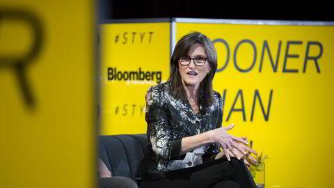 Cathie Wood, administrerende direktør og investeringssjef i Ark Investment Managemet. Wood er blitt en av de virkelige maktpersonene på Wall Street de siste årene.