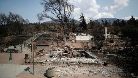 Ødelagte hus i delstaten British Columbia i Canada. Ekstrem tørke utløste store skogbranner som også tok bebyggelse.