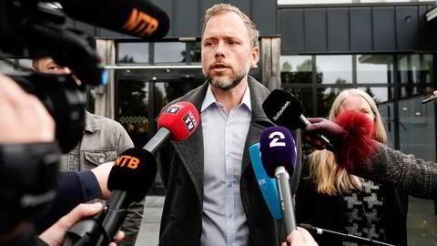 SV-leder Audun Lysbakken erklærte onsdag at SV trekker seg fra sonderingene med Ap og Sp.