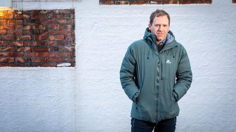 Tommy Torvanger er konsernsjef i sjømatkonsernet Nergård, som i fjor omsatte for over tre milliarder kroner. Han sier man er mest bekymret for at fisken forsvinner inn i andre lands soner.