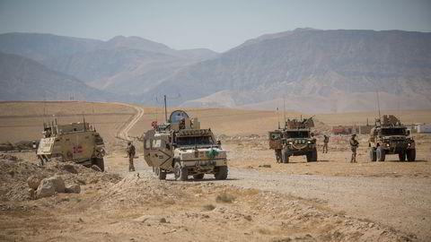 USA trekker seg ut av Bagram militærbase i Afghanistan. Bagram er nå symbolet på en totalt forfeilet amerikansk og dermed vestlig strategi. Her sanitetsøvelse i Afghanistan i 2013.