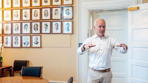 Finansminister Jan Tore Sanner burde finne tiltak som øker etterspørselen etter arbeidskraft heller enn å tenke at mange unge velger å ikke jobbe, skriver Simen Markussen.