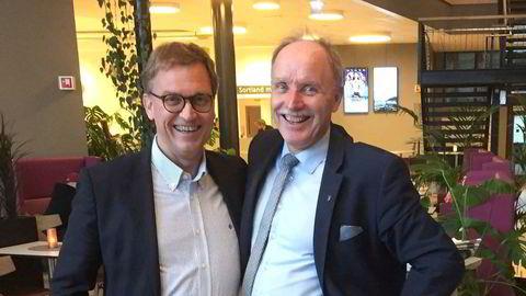 Kristian Adolfsen (til venstre) mener skattesystemet er feilkonstruert, og har meldt flytting til Bø og ordfører Sture Pedersen. Adolfsen foreslår å erstatte formuesskatt med høyere selskapsskatt.