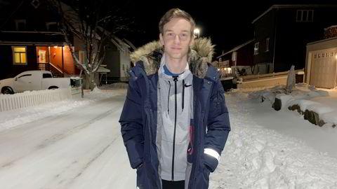 En av dem som vil jobbe i fiskeindustrien: Sander Nilsen (23) gleder seg til å begynne i ny jobb hos Berg Seafood når skreien kommer inn til Lofoten.