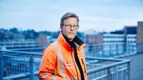 – Tidligere har jeg reist til vårt hovedkontor i Oslo på Skøyen og jobbet der i ukedagene, sier konsernsjef i Veidekke Jimmy Bengtsson, som nå jobber mye på hjemmekontor fra Stockholm.