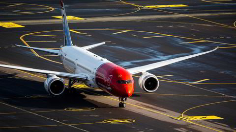 Norwegians satsing på langdistanse ble lagt ned tidligere i år, og det rammet ansatte blant annet i Frankrike. Her er selskapets tidligere langdistansefly Boeing 787 Dreamliner på Gardermoen.