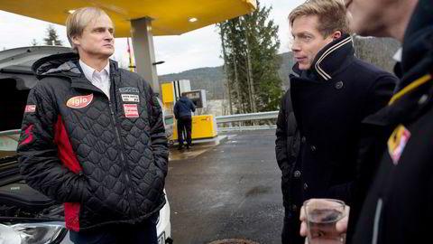 Investor Øystein Stray Spetalen (t.v.) er største aksjonær i Saga Pure, her avbildet med Bjørn Simonsen i 2015. Simonsen er i dag administrerende direktør i Saga Pure.