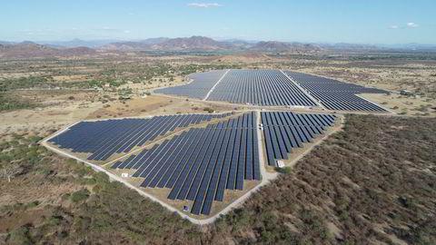 Scatec satser tungt på solenergi. Men markedet liker ikke kvartalsrapporten og sender aksjen kraftig ned.