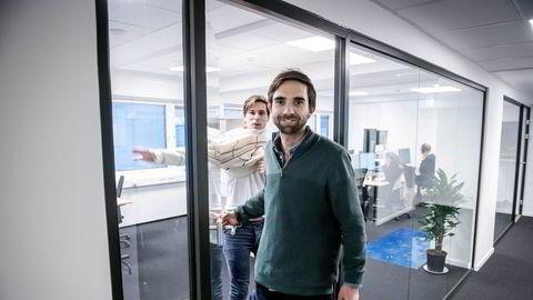 Daglig leder Eirik Rime i Tise sier underskuddet er uproblematisk. Her med medgründer Axel Franck Næss (bak).