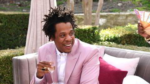 Musikeren Jay-Z skal ha diskutert salg av musikk-strømmetjenesten Tidal i følge nyhetsbyrået Bloomberg. Her er han avbildet fra en tilstelning i januar i Los Angeles.