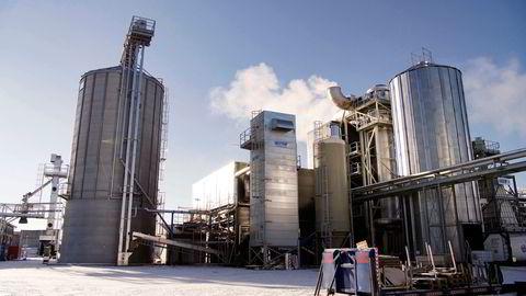 Arbaflames første pelletsfabrikk er klar, i løpet av året tas beslutning om to nye i Sverige og Nederland.