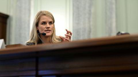 Tidligere Facebook-ansatt Frances Haugen under høring i Senatet tirsdag.