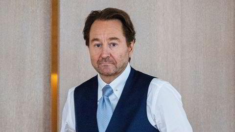 Kjell Inge Røkkes Aker Offshore Wind falt rundt seks prosent tirsdag.