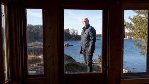 – Nå går ikke alt over prisantydning, og alt blir heller ikke solgt på et blunk, sier eiendomsmegler Tore Solberg.