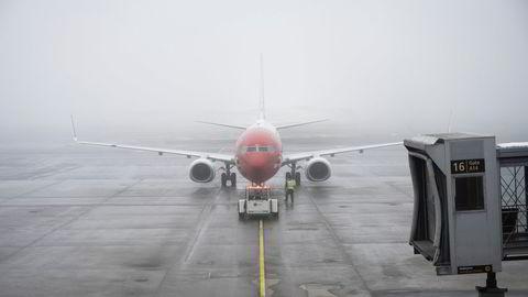 Om Norwegian reddes fra konkurs, står det tilbake med Boeing 737-fly (bildet) som i snitt er fem-seks år gamle, mens de nyeste flymodellene er borte. Her fra Oslo lufthavn.