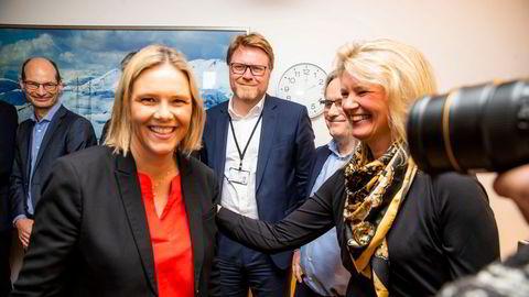 Liv Lønnum med Sylvi Listhaug fra tiden i Olje- og energidepartementet. I dag er de begge på Stortinget. Listhaug som representant og Frp-leder, mens Lønnum er rådgiver for partiets fraksjon i energi- og miljøkomiteen.