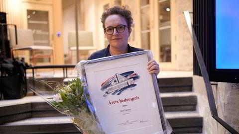 Tirsdag kveld ble mangeårig DN-redaktør Gry Egenes hedret med det Redaktørforeningen kaller de lange linjers pris.