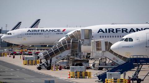 I fremtiden vil franskmennene bli tvunget til å velge tog og ikke fly når de skal ut på kortere reiser.