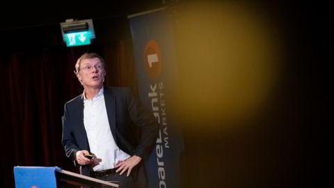 Peter Hermanrud er sjefstrateg Peter Hermanrud i Sparebank 1 Markets. Han mener lærdommen fra børskrakket er at man alltid bør kjøpe aksjer i dårlige tider.