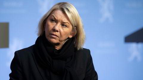 Justis- og beredskapsminister Monica Mæland opplyser at regjeringen skrinlegger salget av Bergen Engines under en redegjørelse tirsdag.
