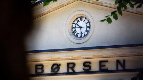 Hovedindeksen på Oslo Børs har falt 2,7 prosent og ligger an til å bli årets kraftigste fall på børsen.